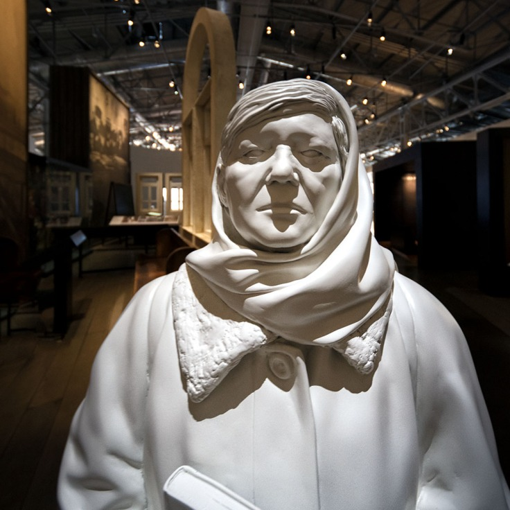 Jewish Museum Statue